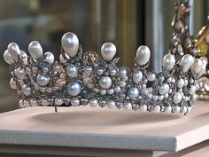 Pearl and diamond tiara; tiara belongs to Gloria von Thurn and Taxis.
