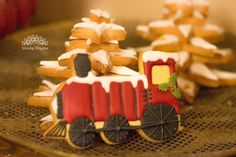 biscuits train Polar Express Theme, Biscuits, Train, Cheese, Cake, Desserts, Food, Crack Crackers, Tailgate Desserts