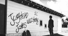 Jughead Jones Aesthetic, Crooked Creek, Betty & Veronica, Riverdale Fashion, Film Books, Dark Eyes, Picture Wall, Tv Shows, Cinema