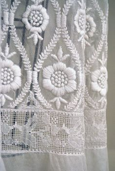 1890's Antique Vintage Crisp-White Victorian Embroidered Mixed-Lace Couture Paris-French Sheer Fairy-Princess Wedding Formal Party Cocktail Tea-Length Gown Dress