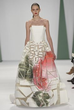 Carolina Herrera RTW Spring 2015 [Photo by Giovanni Giannoni]