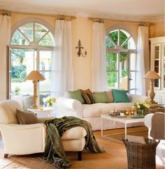 love bright furniture and curtains Home Living Room, Living Spaces, Floor To Ceiling Curtains, Sheer Curtains, Sweet Home, Pretty Room, Interior Decorating, Interior Design, Style At Home