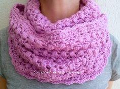 Crochet en 80 labores: Bufanda infinita en punto piña (puff) y punto V
