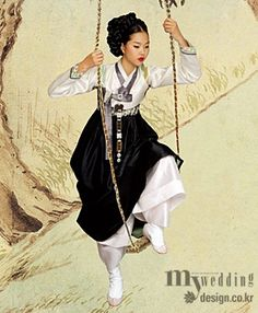 Hyewon Pungsokdo & Hanbok [PHOTOSHOPPED] Korean Traditional Dress, Traditional Clothes, Traditional Fashion, Traditional Art, Modern Fashion, Asian Fashion, Unique Fashion, Women's Fashion, Best Korean Food