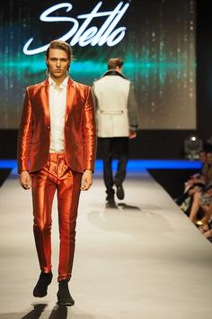 Chic orange menswear at Fashion Week El Paseo 2017 // Michael Costello with fellow Project Runway stars in Greater Palm Springs