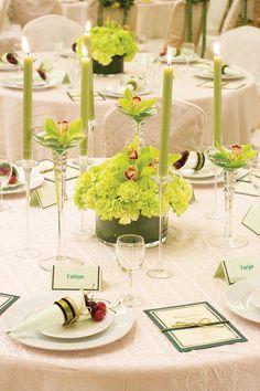 Tischdeko in Grün findet ihr in vielen Varianten in unserer großen Bildergalerie. | Ideen und Inspirationen | Bildergalerie