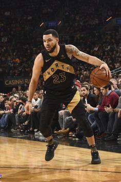 Toronto Raptors, Basketball Is Life, Basketball Players, Raptors Wallpaper, Best Nba Players, Breezy Chris Brown, Nba Pictures, Basketball Photography, Hunks Men