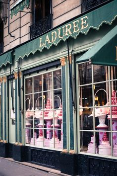 After the George V... The best place to eat Macaroons is at Ladurée!