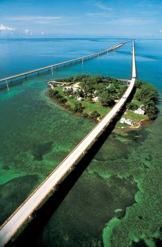 Driving the Florida Keys...a bucket list must! US1 to Key West: The Most Beautiful Drive in the U.S.A.