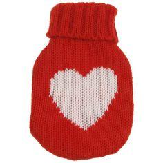 Soğuk havalarda elleriniz artık Hot Bottle in Knitted Cover ile ısınacak. Güneşli günler tekrar yüzünü gösterene kadar kalp desenli Örgü Kılıflı El Isıtıcıyı yanınızdan hiç ayırmayacaksınız.