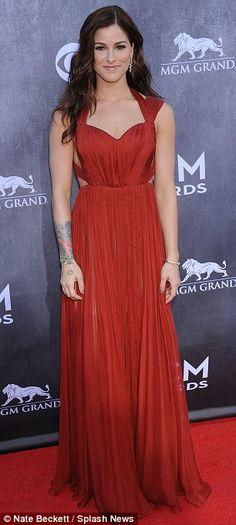Danielle Bradbury + gown