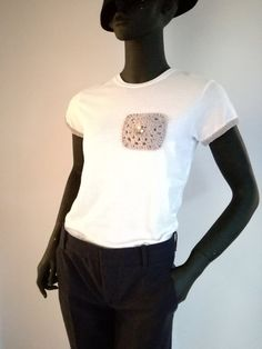 Unique Handmade Tops, Women  t shirts with crochet pocket, white t shirt, cotton t shirts, Appliqué cotton plum short sleeve t-shirt by elvihandmade on Etsy