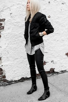 Casual Fall Outfits That Will Make You Look Cool – Fashion, Home decorating Stylish Outfits, Fall Outfits, Cute Outfits, Fashion Outfits, Ladies Fashion, Womens Fashion, Black Bomber Jacket Outfit, Long Bomber Jacket, Khaki Jacket