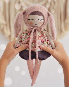 Handmade Baby, Handmade Toys, Lace Balloons, Muñeca Diy, Waldorf Crafts, Handmade Stuffed Animals, Baby Girl Dolls, Sewing Dolls, Soft Dolls