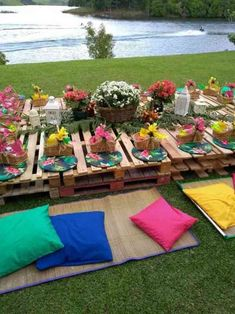 Entertaining Ideas for Summer Garden Party Decorations – EntertainmentMesh Summer Backyard Parties, Backyard Party Decorations, Garden Parties, Outdoor Parties, Party Summer, Deco Baby Shower, Picnic Birthday, Party Entertainment, Party Planning