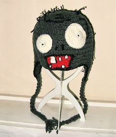 plant vs Zombie crochet hat for Halloween