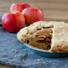 Magical Apple Pie baked in a brown bag - a copycat recipe of the apple pie from Elegant Farmer