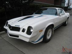 More than 18600 cars are available for sale on our site. You can find new and used cars for sale in Canada, Australia, United States and Great Britain. Listing such popular brands like Ford, Chevrolet and BMW. Sell and buy classic and Chevrolet Camaro 1970, 1969 Chevelle, Camaro Iroc, Custom Muscle Cars, Chevy Muscle Cars, Mustang Old, Old School Cars, Futuristic Cars, American Muscle Cars