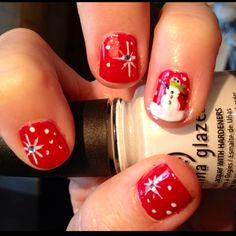 Festive! Wanna paint my nails like this!