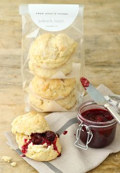 DIY - The Best Homemade Biscuits - So, So Simple - Recipe and Packaging Idea