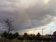 La naturaleza es increíble, foto de un arcoiris tomada con un Galaxy S II (8MP) por el usuario Fernando Martínez.