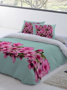 Home goods sales, Privates sales, Designer Clothes - BrandAlley Designer Bed Sheets, Luxury Bed Sheets, Bed Sheet Painting Design, Fabric Painting, Bedroom Retreat, Bedroom Bed, Bed Covers, Cushion Covers, Mexican Bedroom