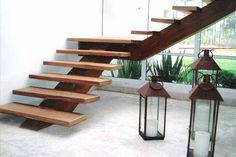 Escada de madeira em SP - Madeireira JR Alves