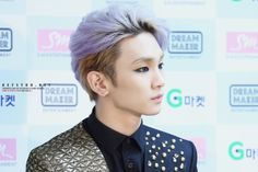 SHINee Key. I love this look of his so much.