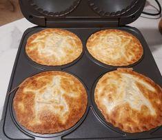 Mini Pie Recipes, Snack Recipes, Dessert Recipes, Cooking Recipes, Snacks, Cooking Ideas, Seafood Pie Recipe, Seafood Recipes, Pasty Pastry