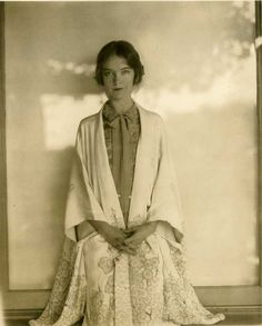 Lillian Gish (1893-1993)  What a beauty she was.
