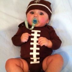Baby Superbowl outfit