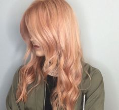 15 Gorgeous Examples Of Rose Gold Hair Color You Need To SeeIf you were thinking of switching up your hair color for the warmer seasons, listen up, because this new hair color trend is amazing: rose...
