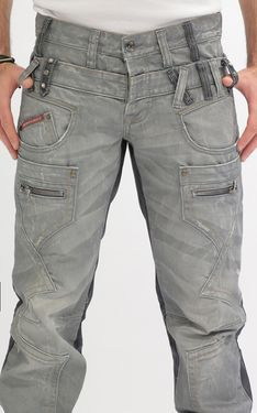 Cipo and Baxx Jeans for men and women. Cipo and Baxx Designer jeans wear made in Turkey Cut Jeans, Ripped Jeans, Jeans And Boots, Jeans Fit, New Outfits, Cool Outfits, Best Mens Fashion, Fashion Edgy, Man Fashion