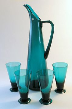 NANNY STILL - Glass carafe and goblets designed 1950 for Riihimäen Lasi Oy, in production Finland.