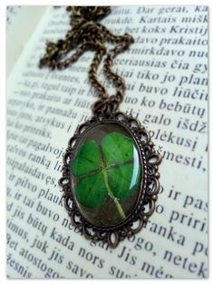 Four leaf clover necklace Resin jewelry Vintage Resin pendant. £8.00, via Etsy. Love it ~ must try! #ecrafty