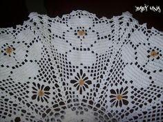 ♥ღ LE CHICCHE DI LINA ღ♥: ๑ஐ๑ASPETTANDO IL NATALE๑ஐ๑ Crochet Bowl, Chunky Crochet, Crochet Motif, Crochet Doilies, Hand Crochet, Crochet Patterns, Diy Crafts Crochet, Crochet Projects, Advanced Embroidery