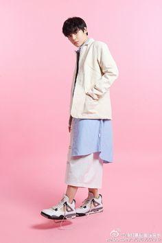 侯明昊 (Hou Minghao)