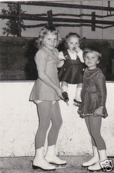 Vintage Old Photo Three Pretty Cute Young Girls on Ice Skates Skating Blonde