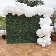 Greenery and white balloons, Bridal Shower Planning and Decorations: Olivia Kim .- Greenery and white balloons, Bridal Shower Planning and Decorations: Olivia Kim … Greenery and white balloons, Bridal Shower Planning and… - Cute Baby Shower Ideas, Baby Shower Photos, Boho Baby Shower, Baby Shower Games, Baby Shower Parties, Shower Party, Bridal Shower Backdrop, Bridal Shower Decorations, Balloon Decorations