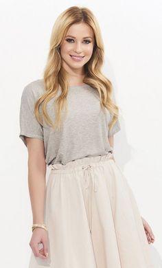 ec55533f08e9  Блузка из мягкого тонкого  трикотажа для нежного  образа — женская  стильная  одежда