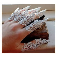 Elven Armour Finger Cuff Full Set of Armor Claws ❤ liked on Polyvore featuring jewelry, rings, cuff ring, claw ring, cuff jewelry, white jewelry and claw jewelry