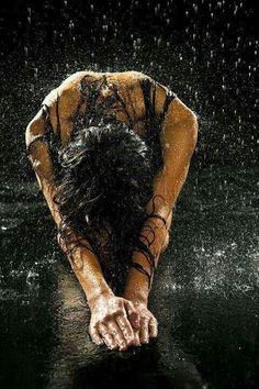 Forgiveness is for me. Forgiveness sets me free. Great Quotes, Inspirational Quotes, Motivational Quotes, Rain Photography, Splash Photography, Love Rain, Dancing In The Rain, Rainy Days, Rainy Night