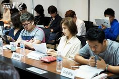 Shin DongMi & others members cast still The K2 first reading script