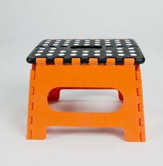 Easy Fold Step Stool (with polka dots!)