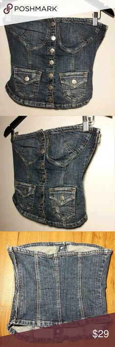 LvLx X Jean Corset Style Denim Button Top Sz Small LvLx X  Women's Sleeveless Jean Corset Style Denim Button Up Top. Sexy, Fashionable & Trendy top. Perfect for a night out on the town. Unique in Style & Super Cute, A Must Have!  Women's Size Small  Pre-owned in Excellent condition, New Like  Please be sure to view all images before Purchasing  Thank you for Looking & Sharing Happy Poshing😄 LvLx X Tops