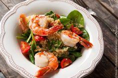 quinoa with spinach and tiger prowns / komosa ryżowa ze szpinakiem i krewetkami