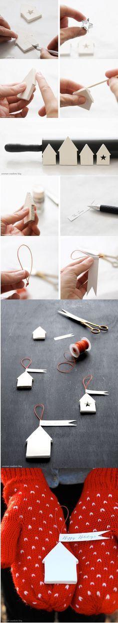 Στο καταπληκτικό blog Ανεράιδα είδαμε πως να κατασκευάσετε σπιτάκια από πηλό Για να τα φτιάξουμε θα χρειαστούμε: * αυτοξηραινόμενο πηλό * χρώματα ακρυλικά * σύρμα και χαντρούλες για την καμινάδα * ένα κουτί από γάλα ή χυμό ή μπισκότα κλπ. για