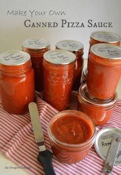 Make Your Own Canned Pizza Sauce {even in January from frozen tomatoes!} - An Oregon Cottage