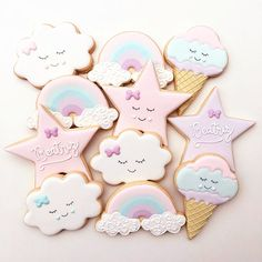 Image may contain: food Baby Shower Cakes, Deco Baby Shower, Baby Shower Parties, Fancy Cookies, Iced Cookies, Cute Cookies, Rainbow Birthday, Unicorn Birthday Parties, Baby Birthday
