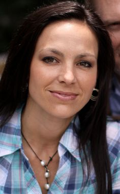 "Joey Feek Dead at 40: Joey + Rory Country Singer Remembered as Loving Mom After Battling Cervical Cancer  | ""My wife's greatest dream came true today.  She is in Heaven,"" Rory Feek wrote on the blog today."